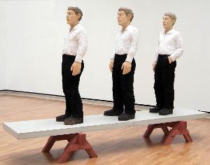 Drei Männer auf Bank, 1997